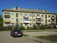 neighbour house: st. Matrosov, house 6А. Apartment house