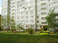 neighbour house: st. Matrosov, house 8. Apartment house