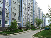 neighbour house: st. Matrosov, house 16. Apartment house
