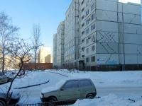 Togliatti, Matrosov st, house 18. Apartment house