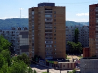neighbour house: st. Matrosov, house 25. Apartment house