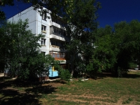 Togliatti, Matrosov st, house 52. Apartment house