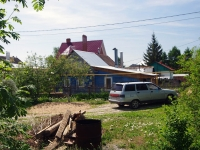 Togliatti, st Mayakovsky, house 99. Private house