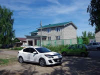 Togliatti, Mayakovsky st, house 102. Private house