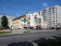 """陶里亚蒂市, 购物中心 """"Солнечный"""", Mekhanizatorov st, 房屋 11"""