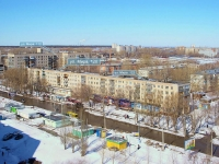 Togliatti, Mira st, house 120. Apartment house