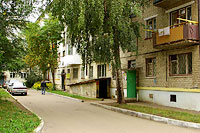 Togliatti, Molodezhny avenue, house 17. Apartment house