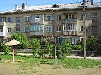 隔壁房屋: st. Murysev, 房屋 76. 公寓楼