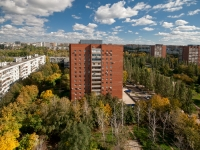 Togliatti, Ordzhonikidze blvd, house 8. Apartment house