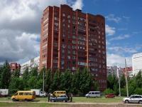 Togliatti, st Ofitserskaya, house 2. Apartment house