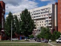 Togliatti, st Ofitserskaya, house 4Б. Apartment house