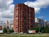 Togliatti, st Ofitserskaya, house 4. Apartment house