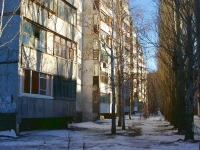 Togliatti, Primorsky blvd, house 4. Apartment house