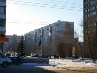 Togliatti, Primorsky blvd, house 21. Apartment house
