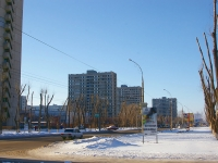 Togliatti, Primorsky blvd, house 29. Apartment house