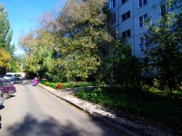 Togliatti, Primorsky blvd, house 40. Apartment house