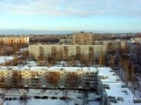 Togliatti, Primorsky blvd, house 40. Apartment house