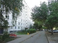 Togliatti, Sverdlov st, house 68. Apartment house