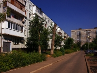 Togliatti, Sverdlov st, house 19. Apartment house