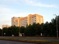 Togliatti, Sverdlov st, house 9Ж. Apartment house