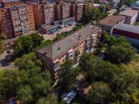 Togliatti, st Sovetskaya, house 59. Apartment house