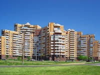 neighbour house: st. Sportivnaya, house 16. Apartment house
