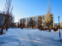 Togliatti, Stepan Razin avenue, house 72. Apartment house