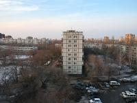 Togliatti, Stepan Razin avenue, house 28. Apartment house
