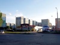 """陶里亚蒂市, 商店 """"Эконом"""", Topolinaya st, 房屋 24А к.1"""