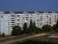 隔壁房屋: st. Topolinaya, 房屋 3. 公寓楼
