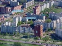 Togliatti, Topolinaya st, house 1Б. shopping center