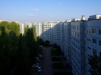 Togliatti, Tupolev blvd, house 13. Apartment house