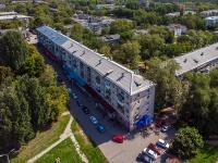 Togliatti, st Ushakov, house 40. Apartment house