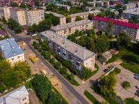 Togliatti, st Ushakov, house 32. Apartment house