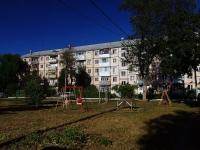 Тольятти, улица Ушакова, дом 49. многоквартирный дом