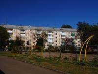 Togliatti, st Ushakov, house 49. Apartment house