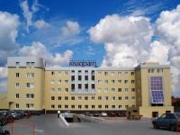 """Тольятти, деловой центр """"Квадрат"""", улица Фрунзе, дом 14Б"""