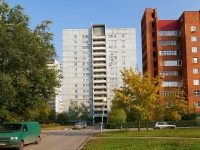 Togliatti, Tsvetnoy blvd, house 21. Apartment house