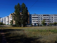 Togliatti, Shlyuzovaya st, house 35. Apartment house