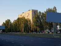 Togliatti, Yubileynaya st, house 21. Apartment house