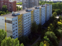 Togliatti, Yubileynaya st, house 65. Apartment house