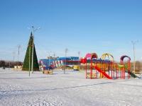 Тольятти, улица Фрунзе. праздничная площадка Новогодняя ёлка