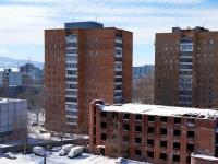 Тольятти, улица Ярославская, дом 27. многоквартирный дом