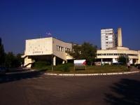 隔壁房屋: blvd. Zdorovya, 房屋 25. 医院 Административное здание