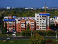 соседний дом: ул. Полякова, дом 30. многоквартирный дом