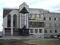 neighbour house: st. Verhnepionerskaya, house 3. sports club