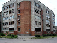 Syzran, Volodarsky st, house 1. Apartment house