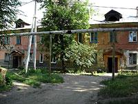 塞兹兰市,  , house 8. 公寓楼