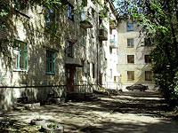 塞兹兰市,  , house 30. 公寓楼
