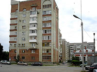 Syzran, Dzerzhinsky st, house 13. Apartment house